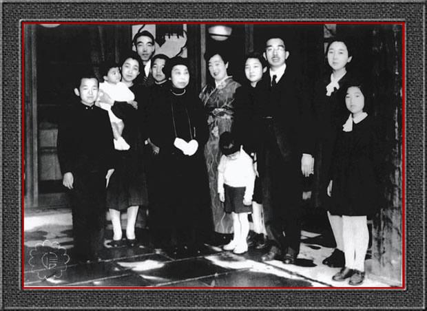 昭和天皇ご一家と東久邇宮ご一家